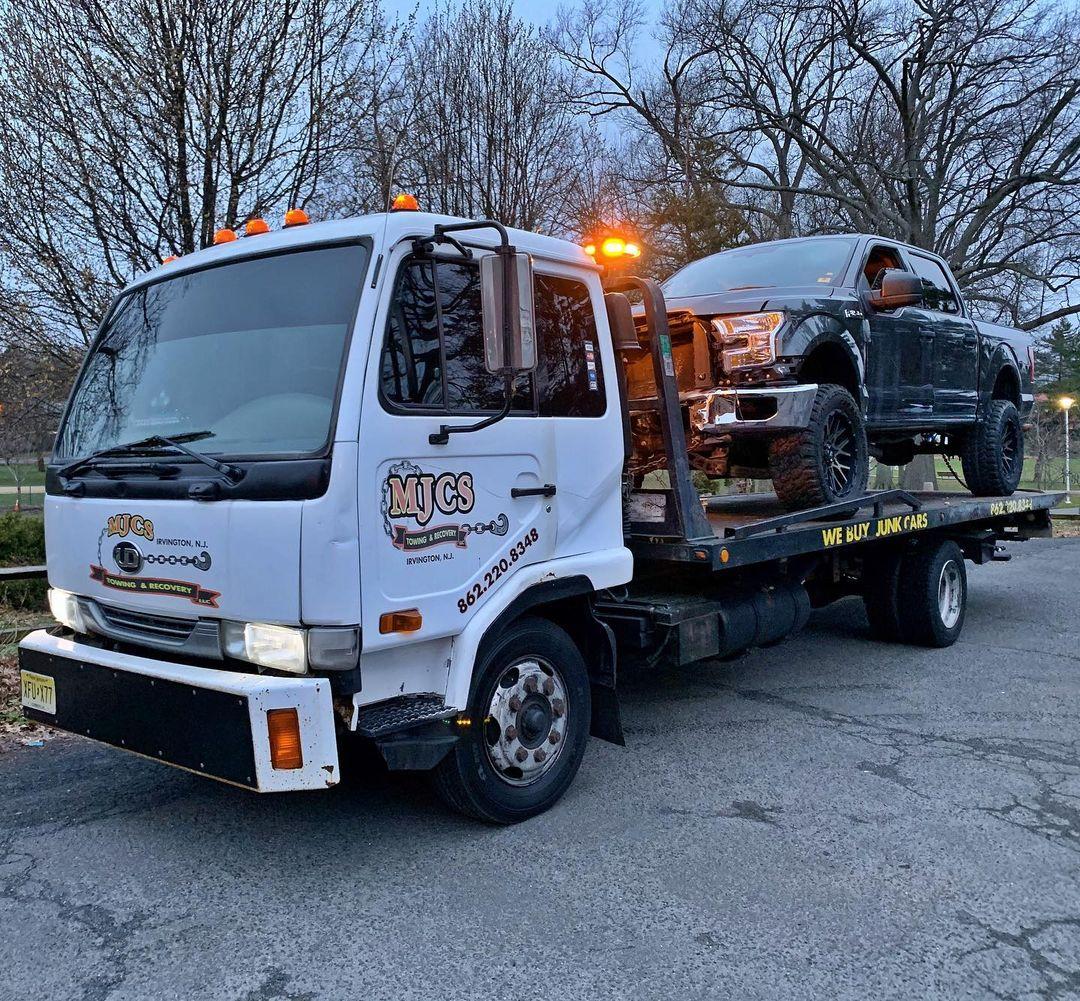 RAM Truck Towing